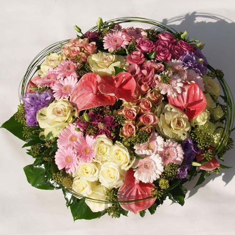 Top Coussin de deuil aux teintes pastels blanches et roses. VX18