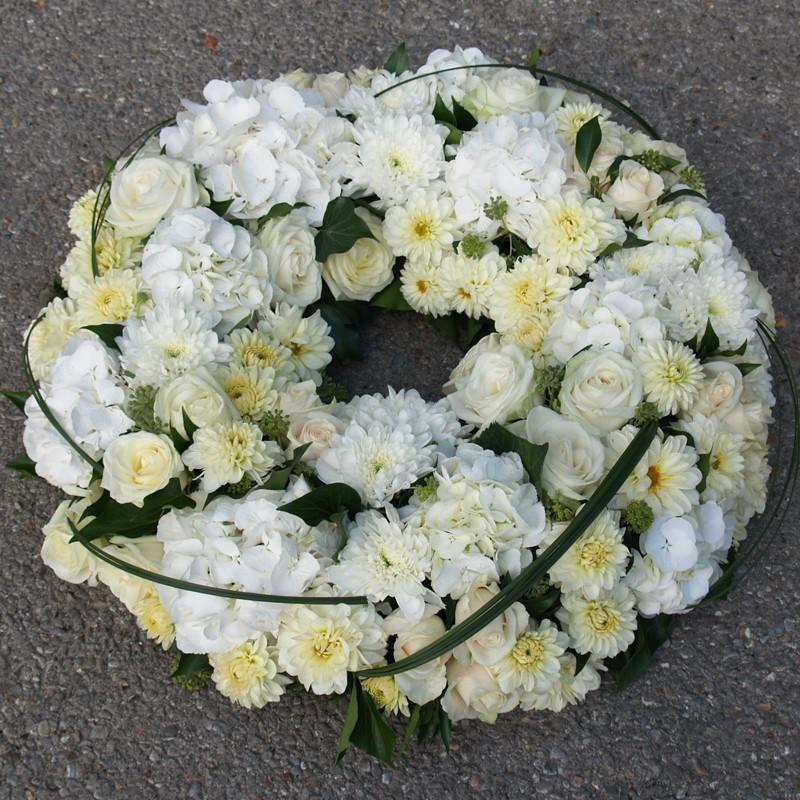 Couronne Pour Enterrement De Fleurs Blanches